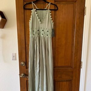THIS IS LOVE SAGE GREEN LACE MAXI DRESS LULUS